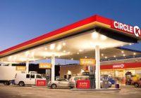 """""""Circle K"""" DUS visā Latvijā iespējams saņemt kampaņas """"Izkāp no telefona!"""" auto uzlīmes"""