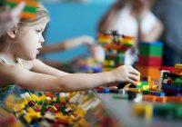 LEGO lūdz cilvēkus neizmest vecos konstruktorus, bet gan ziedot tos maznodrošinātām ģimenēm. Visus tēriņus uzņēmums sola uzņemties uz sevi