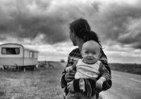 Kādas ģenētiskās īpašības bērni manto no mammas, un kādas – no tēta