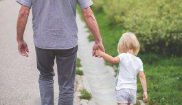Par nelaimi, kuras iemesls var būt bērna kratīšana vai pasviešana gaisā