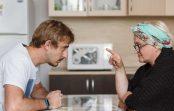 Sievasmāte nolēma pāraudzināt znotu-bezdarbnieku: lai ēd plikus makaronus bez sviesta