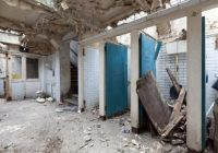 Sieviete lēti nopirka pamestu sabiedrisko tualeti un padarīja to par stilīgu dzīvokli. Lūk, arī tā var iegūt savu sapņu mājokli!