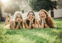 Ar tiem, kas dzimuši šajās 3 Zodiaka zīmēs, parasti izveidojas vislabākā draudzība